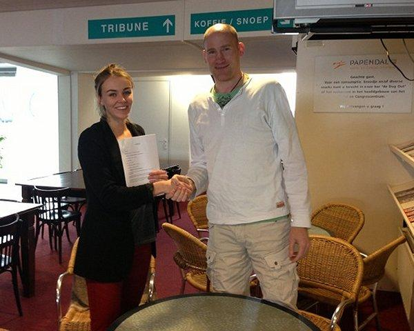 Lotte Prak mit Teammanager Christoph Bartel