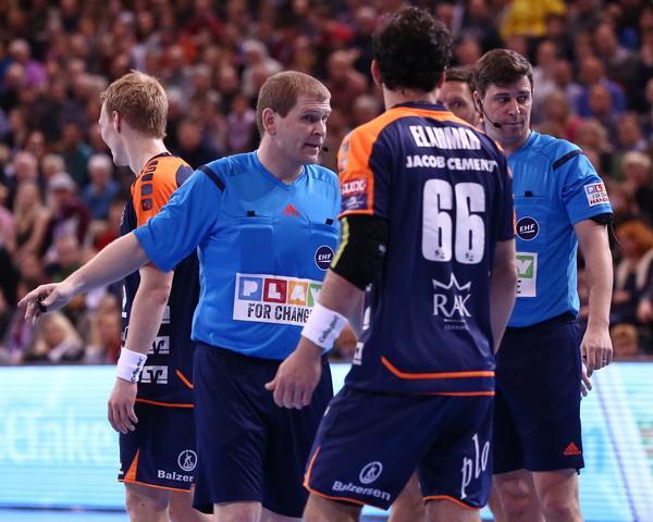 Handball Blaue Karte.Blaue Karte Ihf Testet Neue Regeln Bei U21 Wm