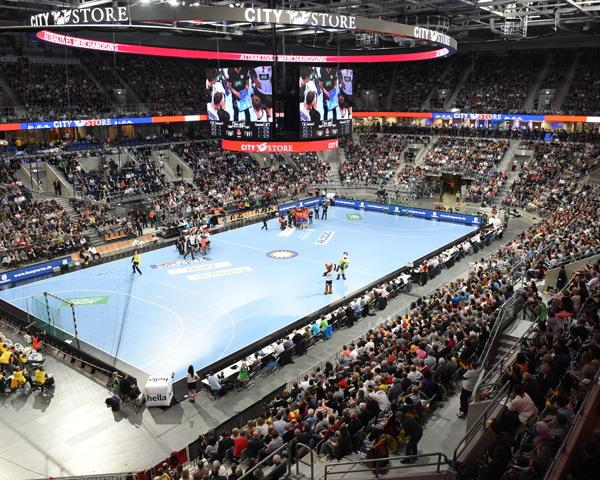 erstes match of the week der velux ehf champions league aus der sap arena. Black Bedroom Furniture Sets. Home Design Ideas