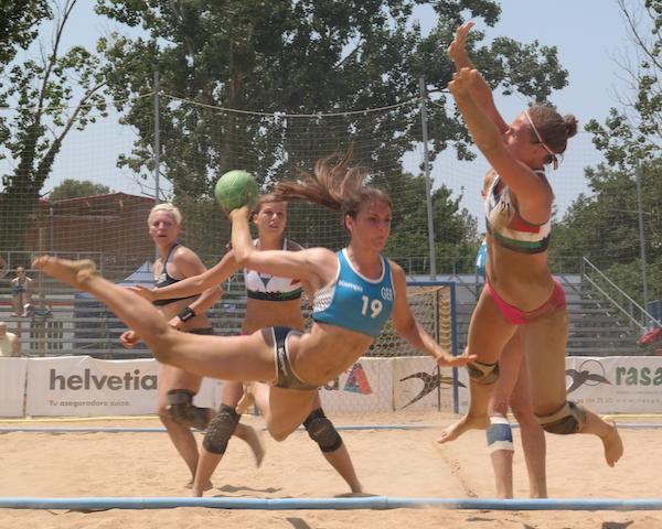 beachhandball neuer trainer für frauenteam ausrichtung komplett