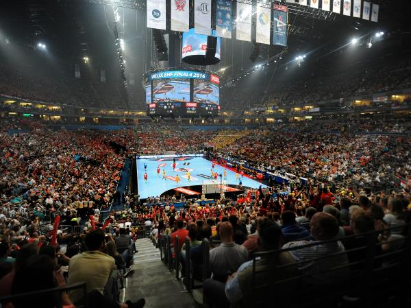 Almost half of all teams attracted fewer spectators in the group stage in comparison of how many spectators will watch the final in a sold-out Lanxess arena