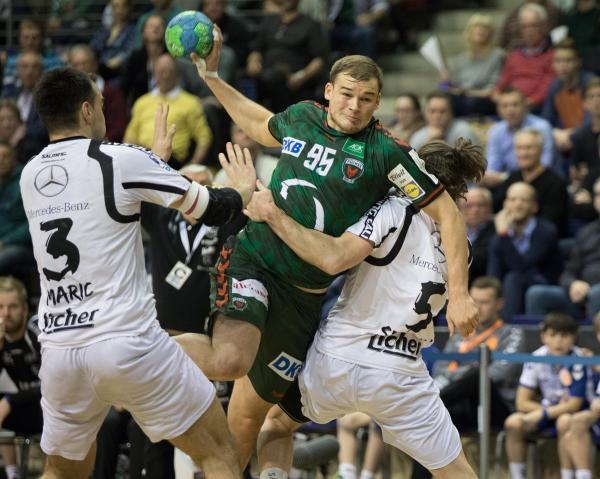 Handball Blaue Karte.Blaue Karte Für Nenadic Füchse Berlin Gewinnen Hitziges Topspiel