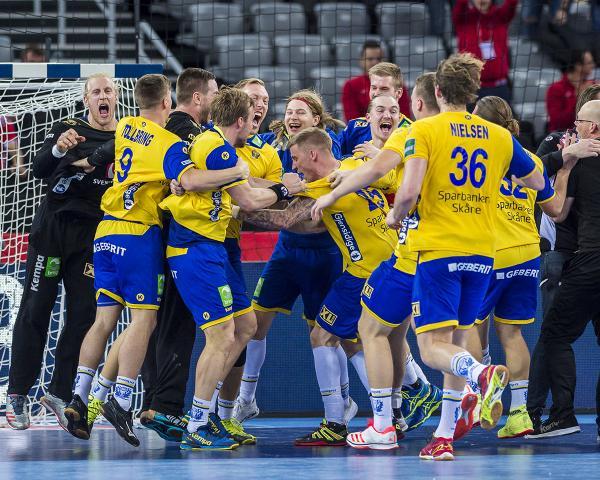 Schweden Trifft Auf Kroatien Elf Bundesligaakteure Nominiert