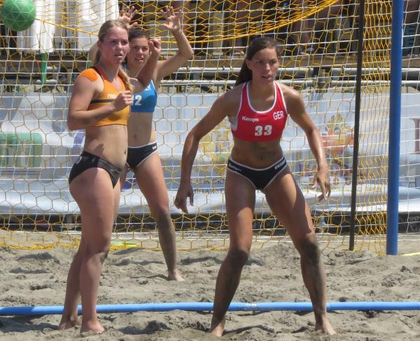 sports shoes 50cc9 8fa95 Lucie-Marie Kretzschmar nach Bronzemedaille im Sand ...