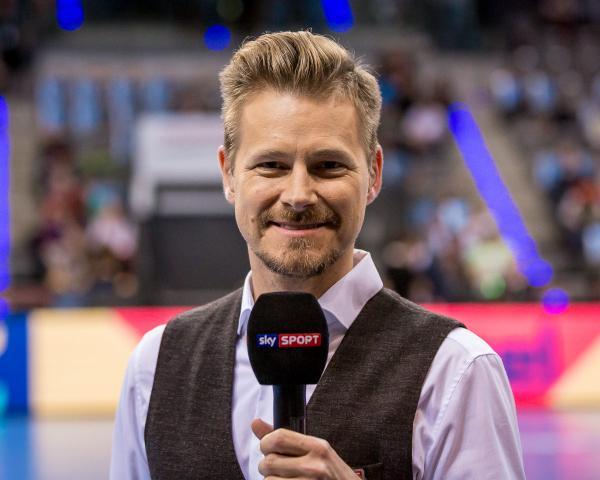 Handball Im Fernsehen Hbl Und Tv Partner Sky Setzen Nach