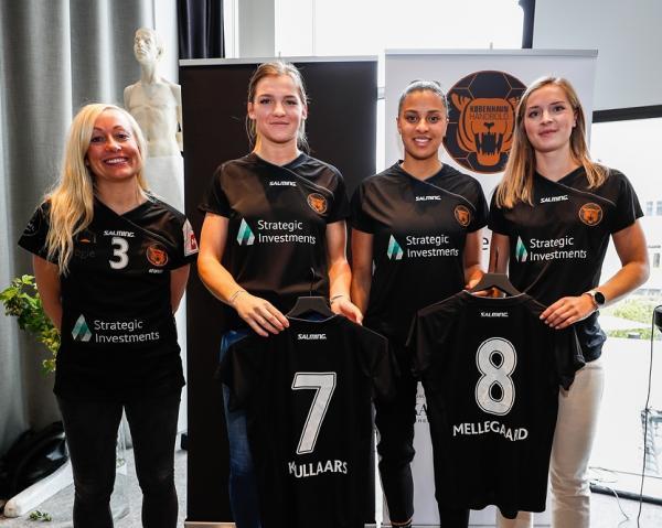 Louise Føns, Nyala Krullaars, Aimee von Pereira und Olivia Mellegård - Kopenhagen Haandbold