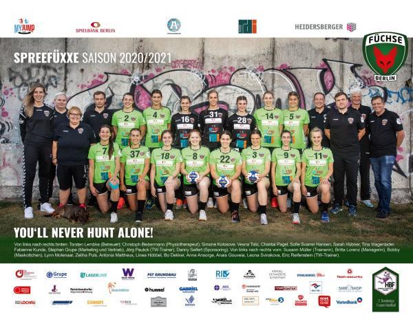 Füchse Berlin - Teamfoto Mannschaftsfoto 2020/21 Spreefüxxe