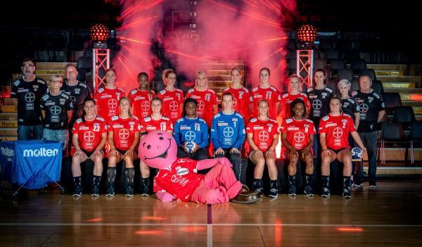 TSV Bayer 04 Leverkusen - Teamfoto Mannschaftsfoto 2020/21